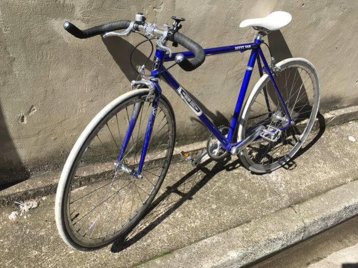 ウーバーイーツ シドニー 自転車